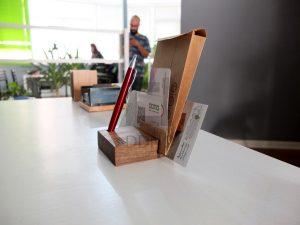 محصولات دیدینو - پایه شیاردار تقویم و کارت