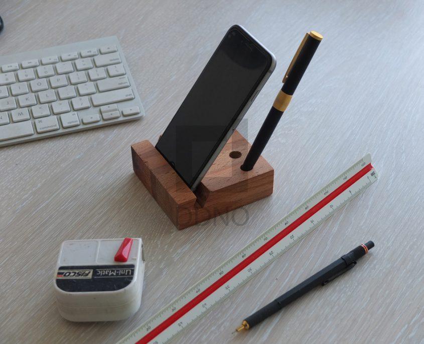 نگهدارنده تلفن همراه (موبایل) و قلم شیاردار