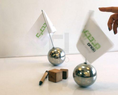 توپ فلزی تعادلی